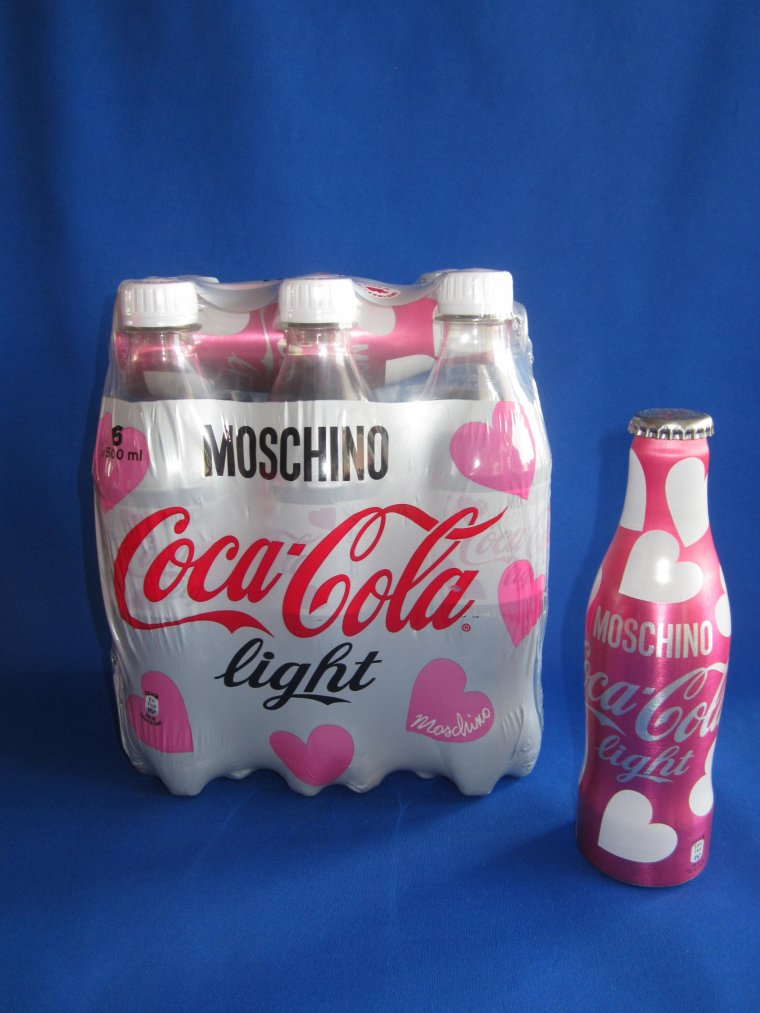♥ COCA-COLA COLLECTION - - Moschino ♥