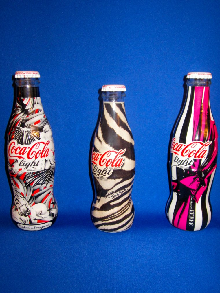 ♥ COCA-COLA COLLECTION -  Salvatore Ferragamo - -  Roberto Cavalli - - Gianfranco Ferr� ♥