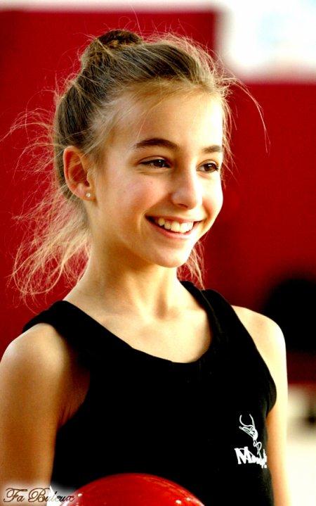 Le sourire de <b>Julie Lienard</b> :) - 3061495463_1_3_WUjLvaba