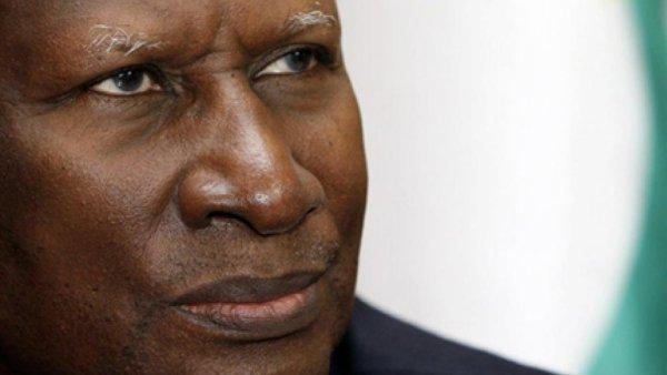 Culture-Abdou Diouf Perd La M�moire