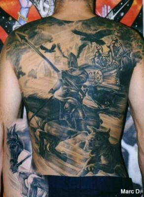 tatoo dos complet tatouages tatoo le plus gros skyblog de. Black Bedroom Furniture Sets. Home Design Ideas