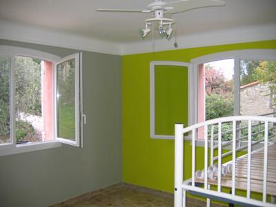 Peinture chambre gris et vert design de maison - Chambre vert et gris ...