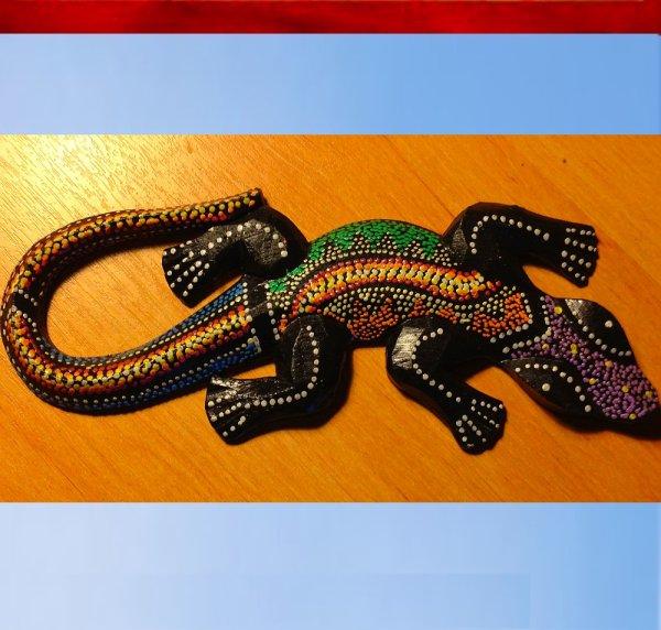 objet deco artisanat de bali gecko lezard en bois peint blog de artisanatbijoux. Black Bedroom Furniture Sets. Home Design Ideas