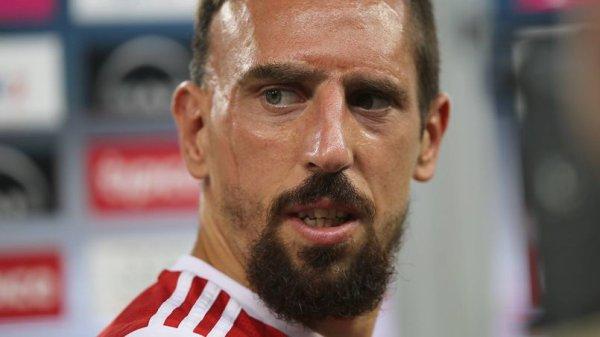 On vient d'en parler dans la Radio Libre, le nouveau look de Franck Ribery ! Vous le trouvez comment?