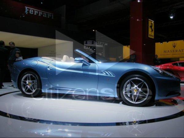 Salon de l 39 automobile de mulhouse le plus grand du monde for Les plus grands musees du monde