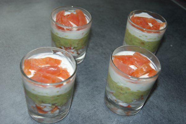 verrine surimi avocat fromage frais quelques recettes bien simple pour faire. Black Bedroom Furniture Sets. Home Design Ideas