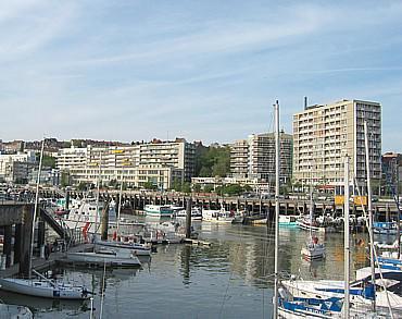 Le port de plaisance boulogne sur mer la ville de for Piscine boulogne