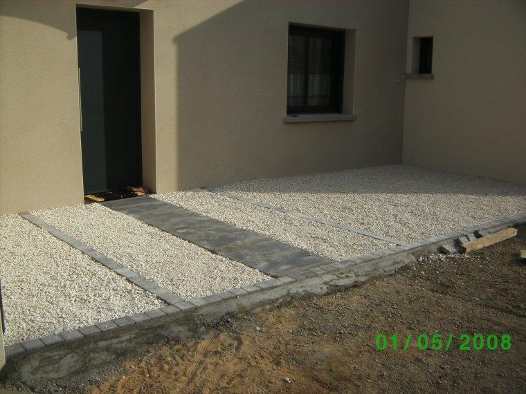 22 avril 2014 cailloux blanc d coratif auto construction. Black Bedroom Furniture Sets. Home Design Ideas