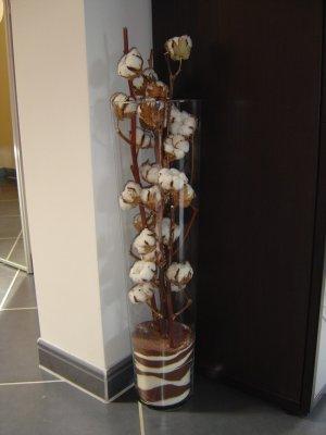 bouquet de fleurs de coton pour notre premier anniversaire de mariage la vie des mitzachois. Black Bedroom Furniture Sets. Home Design Ideas
