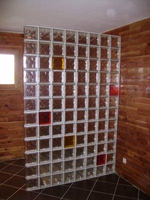 07 02 2009 naissance d 39 une maison en parpaing de bois - Cloison douche verre ...