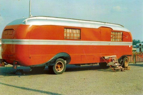 Caravane Habitation Cirque Amar Roche 1970 Nenecircus 62