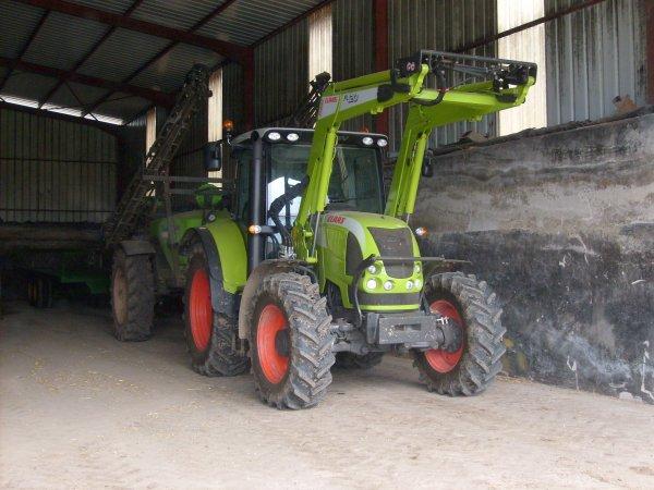 Tracteur claas landinidu24 - Tracteur avec fourche ...