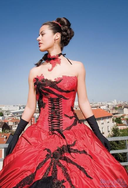 ma future robe de mari e rouge ou noir et blanc mdrrrrrrrrrrrr blog de. Black Bedroom Furniture Sets. Home Design Ideas