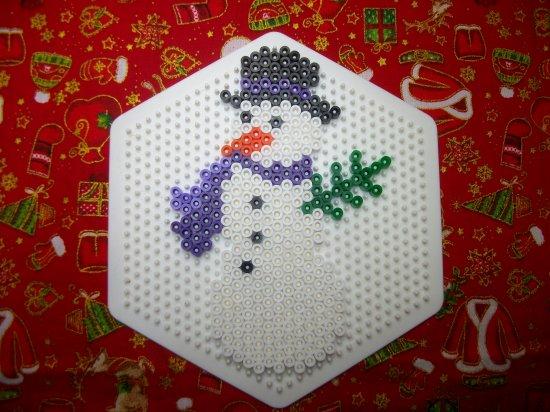Bonhomme de neige 9 en perle hama