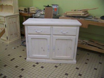 Voici le meuble de t l avec la finition la lasure blanc for Lasure blanche pour meubles