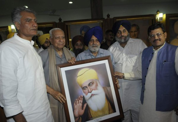 Tandon honoured in Punjab Vidhan Sabha