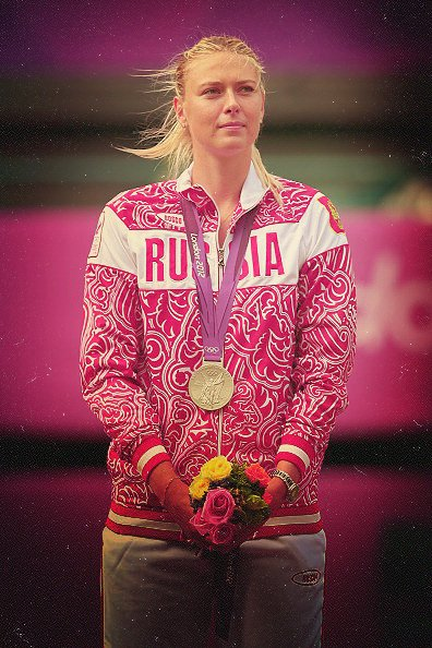 Maria SHARAPOVA m�daille d'argent aux Jeux Olympiques 2012. So Nicely !!!