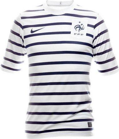 Nouveau maillot equipe de france exterieur 2012 blog de for Nouveau maillot exterieur equipe de france