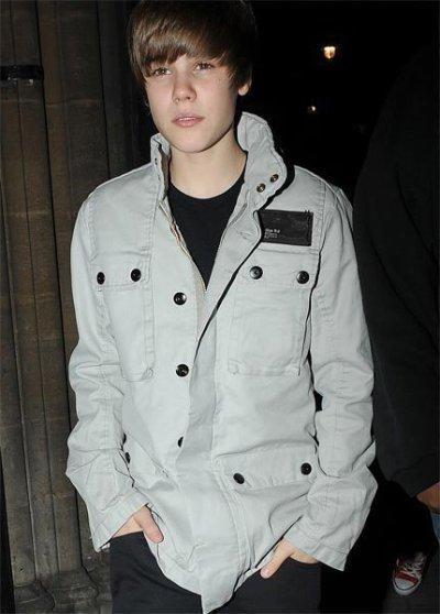 """Des News. :) : Justin Bieber ; """" Il faut Respecter les Filles """" ,  Justin veut Reprendre le Role dans """" Grease """" & Le Fameux Concert au Madison Square Garden !"""