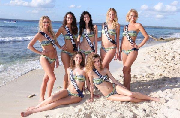 Photos de groupes des 33 Miss