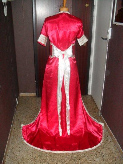 Takchita rouge et blanc casse caftan59 for Chambre rouge et blanc casse
