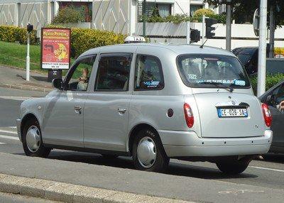 Taxi londonien de Chine � Paris
