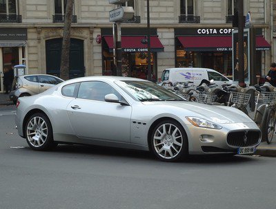 Maserati en double-file