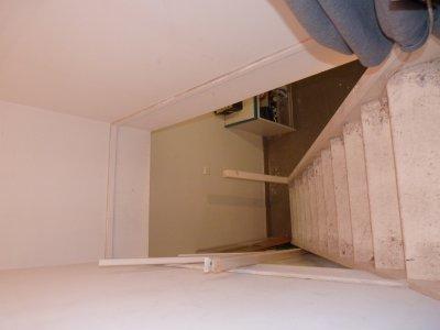 pour monter les plaques de placo la rampe d 39 escalier a t d mont r novation de la maison. Black Bedroom Furniture Sets. Home Design Ideas