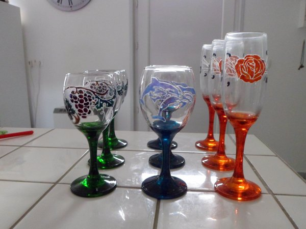 service gravure et peinture 3 verres vin 3 verres eau 3flutes champagne. Black Bedroom Furniture Sets. Home Design Ideas