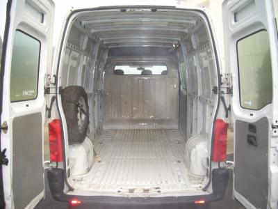 Blog de fourgon amenage am nagement d 39 un renault master for Interieur en francais
