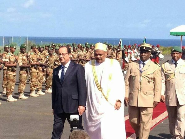 Accueil de Fran�ois Hollande aux Comores le samedi 23 ao�t 2014