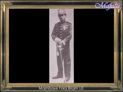 le 01 juin 1903 embarquement du cheikh ahmadou bamba accompagn par fara biram l. Black Bedroom Furniture Sets. Home Design Ideas