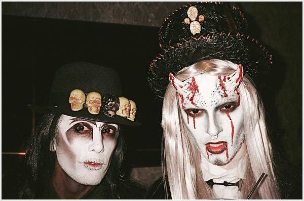 """8 280 / Treats! Magazine """"Trick or Treats! Halloween Party"""", Los Angeles (USA)."""