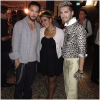 8 397 / 20.09.2013 - Bill & Tom avec une fan � Los Angeles (USA).