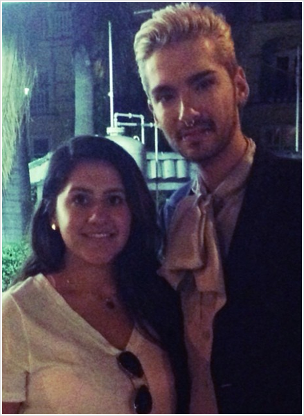 8 511 / 25.07.2014 - Bill avec une fan � West Hollywood (USA).