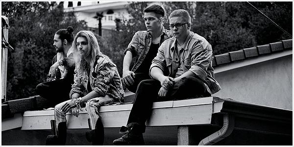 8 782 / MYX Philippines - Tokio Hotel r�pondent aux questions des fans.