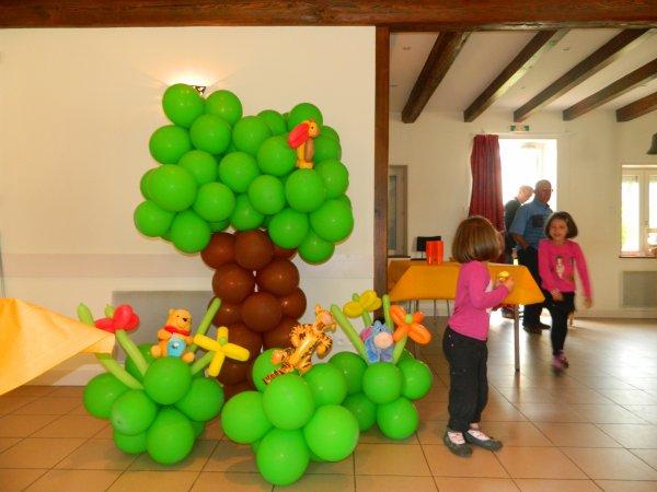 Articles de dessinesmoi1ballon tagg s d coration ballon - Decoration winnie l ourson pour bapteme ...