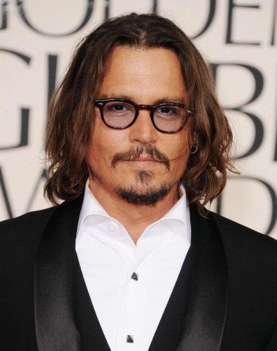 Cin U00e9ma - Portrait De Johnny Depp  Le Capitaine Jack Sparrow Dans Le Film