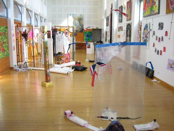 liverdun le circus terminal au ch teau corbin l 39 cho de la cit des madeleines. Black Bedroom Furniture Sets. Home Design Ideas