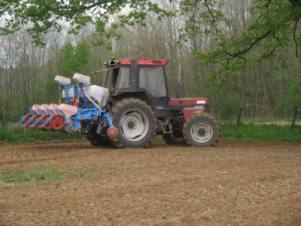 articles de tracteur du 70 tagg s semis de ma s site officiel agricole travaux public et. Black Bedroom Furniture Sets. Home Design Ideas