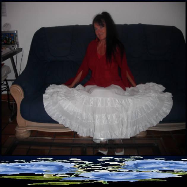 monde dans la maison ta chere femme rosie que tu disais m aimer mdr. Black Bedroom Furniture Sets. Home Design Ideas