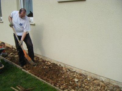 preparation de la dalle de ciment autour de la maison la construction de notre maison phenix