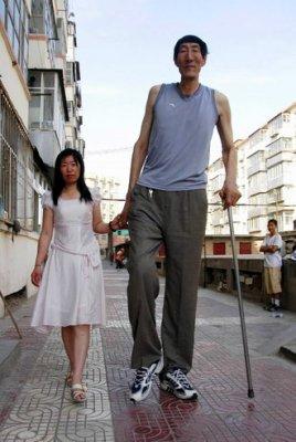 la personne la plus grande au monde
