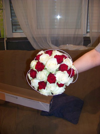 bouquet rond mariee blog de fleursadomicilemariage. Black Bedroom Furniture Sets. Home Design Ideas