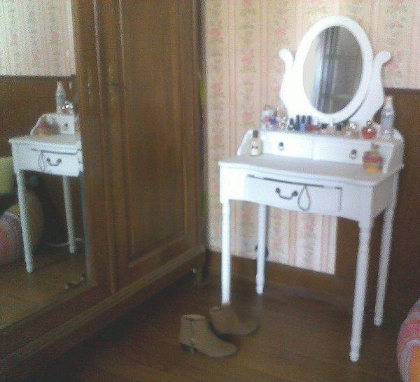 la coiffeuse la pens e d 39 un homme est avant tout sa. Black Bedroom Furniture Sets. Home Design Ideas