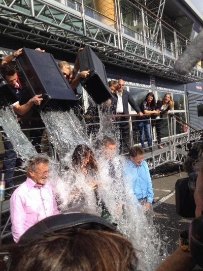 David Coulthard a relev� le d�fi