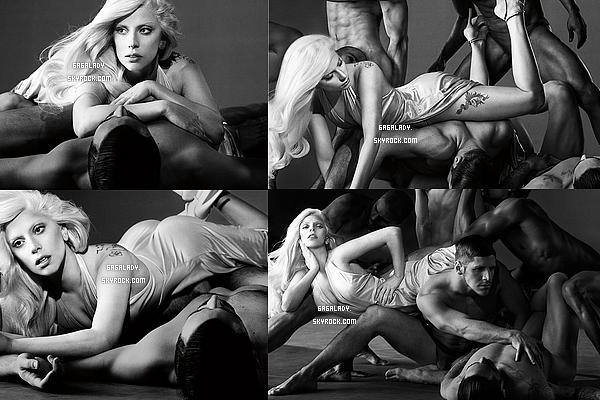 Les photos promotionnelles pour le parfum � Eau De Gaga � .Vous aimez?
