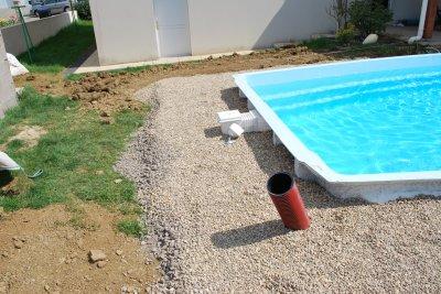 Blog de lolo57940 page 2 blog de lolo57940 for Tour de piscine en galet