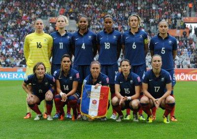 Equipe de france feminine de la demi finale de coupe du monde 2011 foot et music - Coupe du monde feminine 2014 ...