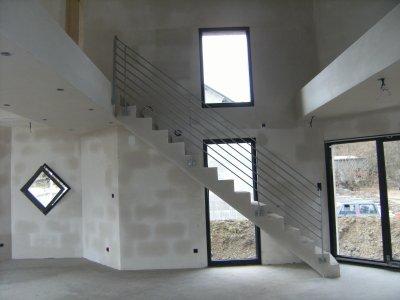 Rampe d 39 escalier construction maison moderne - Rampe d escalier moderne ...